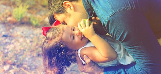 táta s holčičkou.jpg